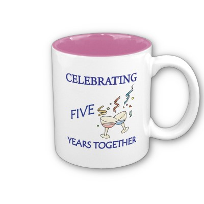 fifth_year_anniversary_mug-p168833165747005239bfjgg_400